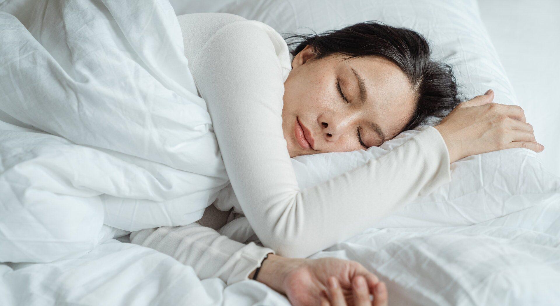 ¿Sabías que dormir bien rejuvenece?